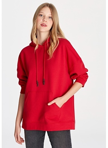 Mavi Kapüşonlu Kırmızı Sweatshirt Kırmızı
